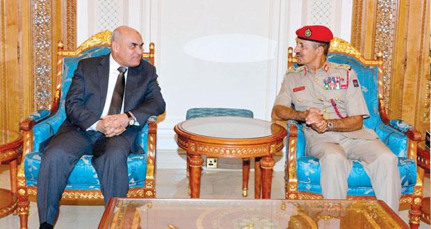 أحمد النبهاني يلتقي وزير الدفاع المصري