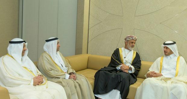 عبدالله الخليلي يلتقي برئيس مجلس الوزراء ووزير الداخلية القطري