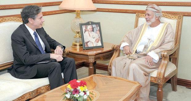 يوسف بن علوي يستقبل نائب وزير الخارجية الأميركي