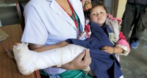 نيبال : إنقاذ فتى قضى 120 ساعة تحت الأنقاض وحصيلة القتلى تلامس الـ 5500