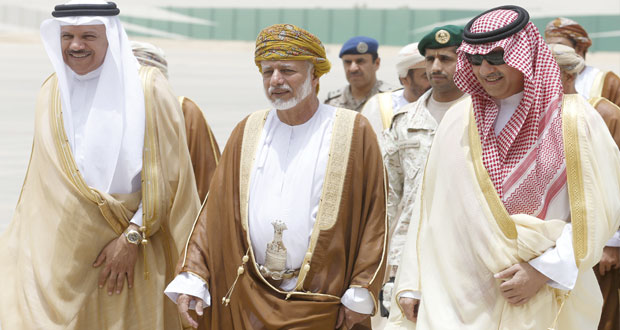 اليمن: (التعاون) يدعو لـ (عملية سياسية) وفق (المبادرة الخليجية) ومخرجات (الحوار)