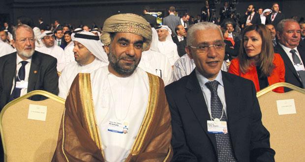 المنتدى الاقتصادي العالمي يسعى لمبادرة عربية للتشغيل والسلطنة تأمل في شراكات اجتماعية واقتصادية