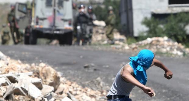 """الجنائية : سنحقق بـ"""" حياد """" في الجرائم الإسرائيلية الاحتلال يقمع بالرصاص والغاز مسيرات الضفة السلمية"""