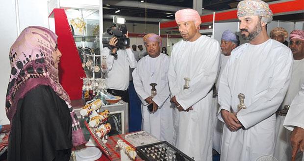 انطلاق فعاليات معرض مسقط الدولي للذهب والمجوهرات بمركز عمان الدولي للمعارض