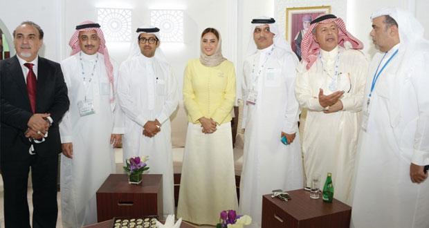 (السياحة) تواصل مشاركتها في معرض سوق السفر العربي بدبي 2015