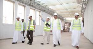 رئيس مجلس إدارة عمران يطلع على سير أعمال مشروع مركز عمان للمؤتمرات والمعارض