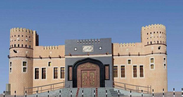 رئيس مجلس الشورى يرعى احتفال بلدة الغيزين بولاية الخابورة بافتتاح المجلس العام وعودة جلالته