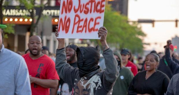 أميركا: غضب في (كليفلاند) عقب تبرئة شرطي قتل زوجين أسودين أعزلين