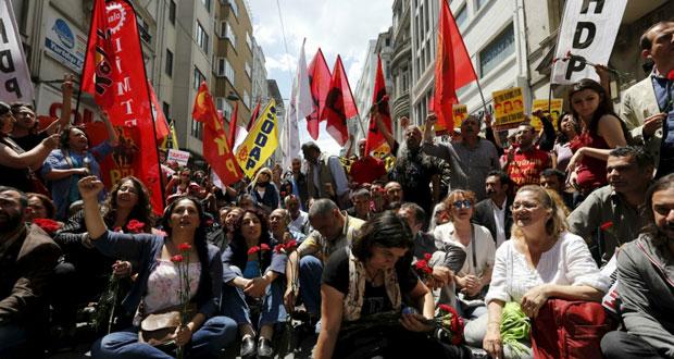 تركيا: الشرطة تشدد الإجراءات الأمنية في محيط تقسيم