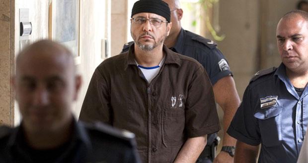 سلطات الاحتلال تنكل بالأسير عبد الله البرغوثي بسبب نصائحه للمقاومة