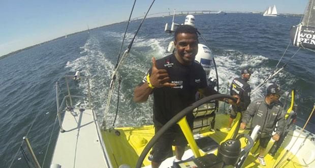 البحّار العماني علي البلوشي يلتقى بأشهر البحّارة العالميين في نيوبورت