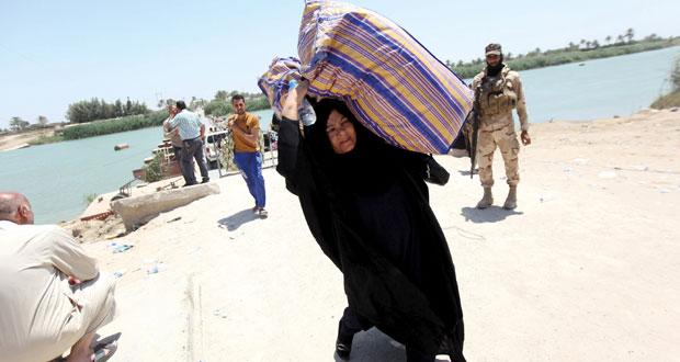 العراق: داعش يوسع السيطرة بالرمادي وعملية عسكرية لتحرير المجمع الحكومي