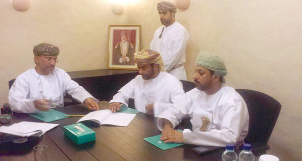 المدعي العام يوقع اتفاقيتين لإنشاء مبنى المديرية العامة بمسندم ومخزن بمسقط