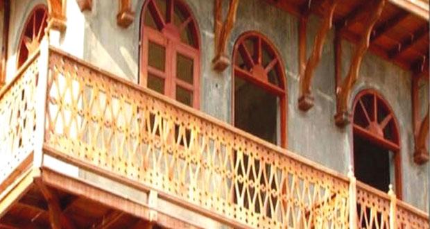 """""""حكاية بيوت زنجبار"""" يحصد فضية المهرجان العربي للإذاعة والتلفزيون بتونس"""