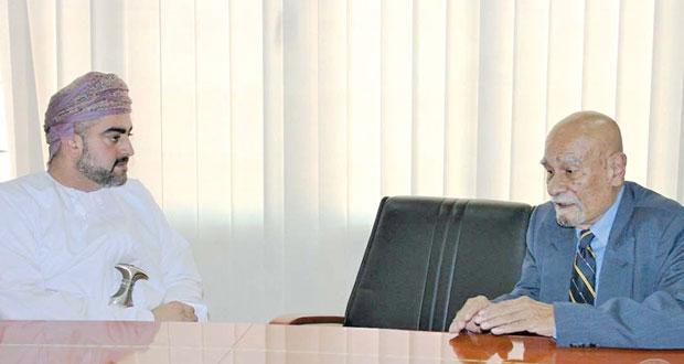 تيمور بن أسعد يستقبل المبعوث الخاص لحوار الشرق الأوسط للقضايا الاقتصادية والتجارية بسنغافورة