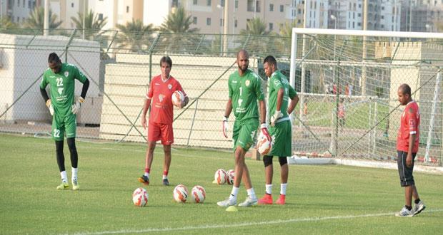 بعثة منتخبنا الوطني الأول تطير إلى المنامة لمواجهة البحرين وديا
