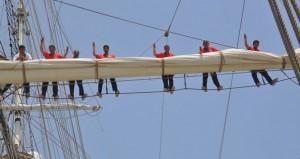 انطلاق فعاليات دورة الإبحار والمغامرة للكشاف البحري على متن سفينة شباب عمان