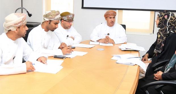 اللجنة الدائمة لدراسة الابتكارات والمقترحات الواردة إلى وزارة القوى العاملة تعقد اجتماعها الثالث