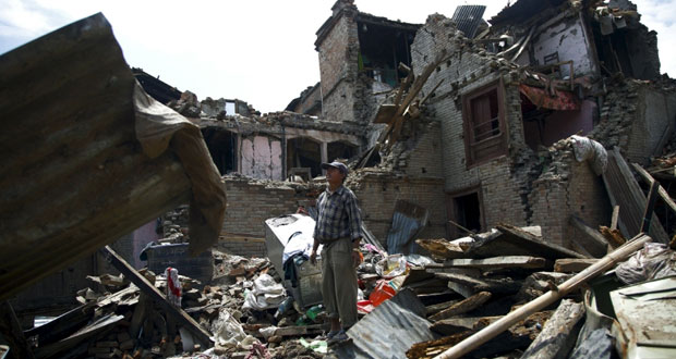 نيبال: وفاة العشرات بزلزال جديد وآثاره امتدت للصين والهند