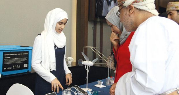 البحث العلمي والتربية والتعليم يناقشان مخرجات برنامج دعم الابتكار التعليمي