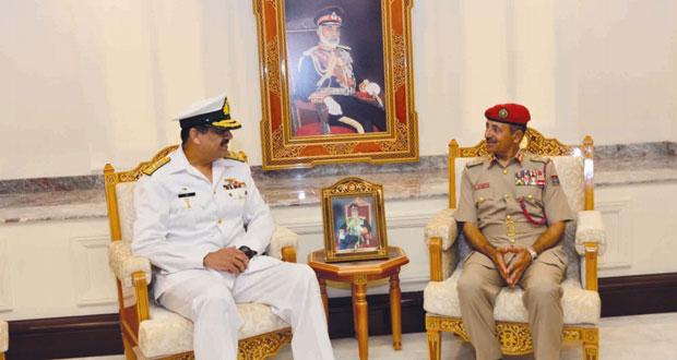 أحمد النبهاني يستقبل قائد قوة الواجب المشتركة (151) لمكافحة عمليات القرصنة البحرية