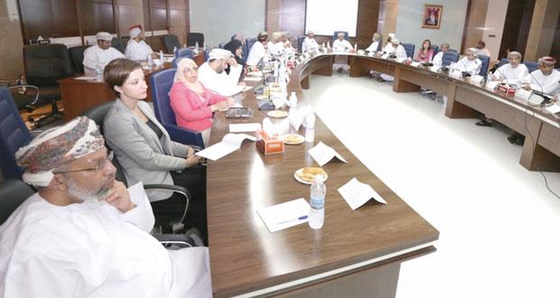 مشروع جامعة عمان يناقش سبل تهيئة بيئة محفزة لريادة الأعمال