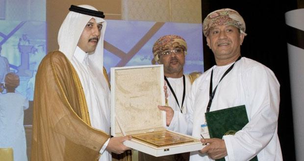 تكريم مختصين عمانيين بالاجتماع السادس عشر للوكلاء المسؤولين عن الآثار والمتاحف بدول مجلس التعاون الخليجي في قطر