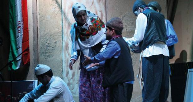 """""""العرس التقليدي"""" يختتم فعاليات مهرجان صور المسرحي"""