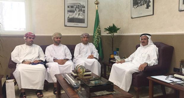 بحث أوجه التعاون والربط الخليجي بين قطارات عمان والسكك السعودية