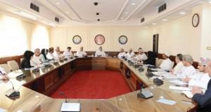 لجنة الخدمات تناقش التعديلات المقترحة على قانون الغرفة