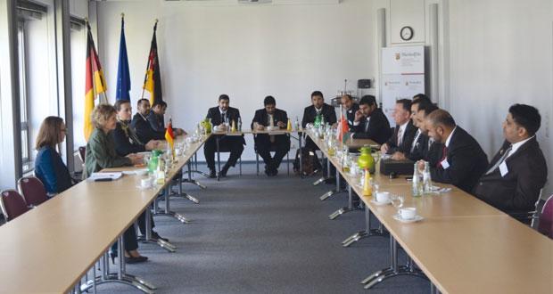 بحث الفرص الاستثمارية والتجارية بين السلطنة وألمانيا