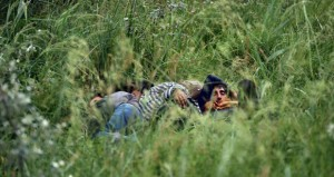 الاتحاد الأوروبي يبحث أزمة (الهجرة) على وقع تحذيرات تفاقم المحنة وسجال حول (التوزيع)