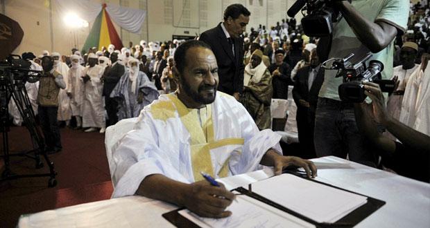 مالي: آخر جماعة متمردة للطوارق توقع اتفاق سلام مع الحكومة