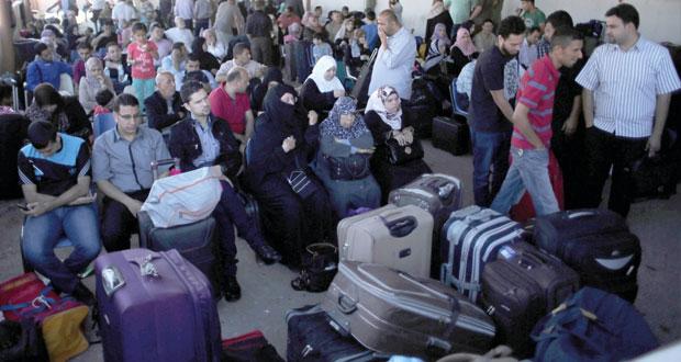 زوارق الاحتلال تستهدف مراكب الصيادين جنوب غزة..ولا سماح لتصدير الحديد
