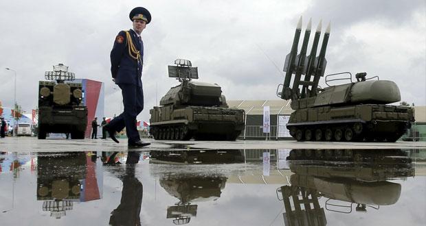 روسيا تدعم ترسانتها النووي بـ40 صاروخا مضادا للتحصينات