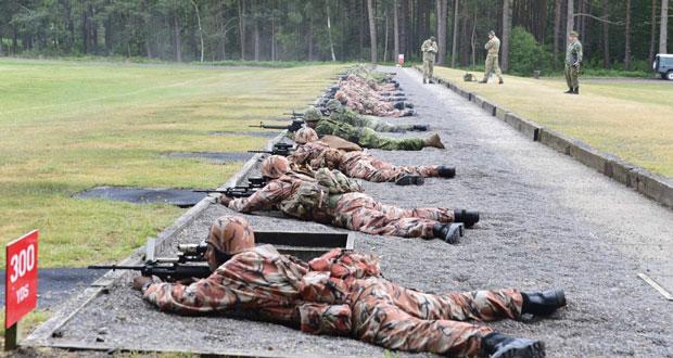 فريق قوات السلطان المسلحة للرماية يبدأ مشاركته في البطولة العسكرية الدولية ببزلي