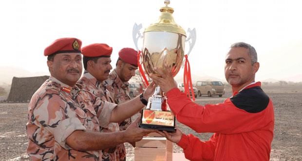 ختام مسابقة اختراق الضاحية بلواء المشاة 23 بالجيش السلطاني العماني