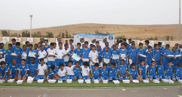 تخريج الدفعة السابعة من براعم مدرسة اوميفكو لكرة القدم