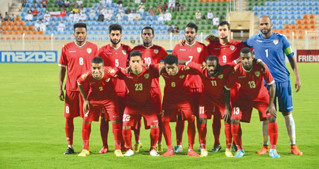 استعدادا لمواجهة الهند في التصفيات الآسيوية المزدوجة.. بعثة منتخبنا الوطني تغادر إلى بنجلور والقائمة تتقلص إلى (23) لاعبا