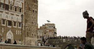 اليمن: (مفخخة) بصنعاء القديمة .. والتحالف يكثف غاراته غداة فشل (جنيف)