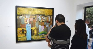 """""""13″ فناناً فلسطينياً يقدمون """"رواياتهم"""" في معرض فنّي بمدينة رام الله"""