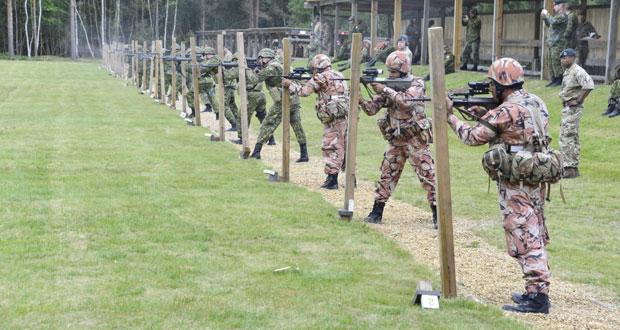 رماة فريق قوات السلطان المسلحة يحققون المراكز الأولى في العديد من المسابقات
