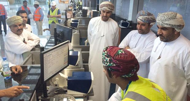 وزير النقل والاتصالات: ١٥ يونيو تشغيل مطار صلالة الجديد