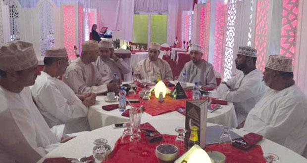 رئيس جمعية الصحفيين العمانية يؤكد الدعم الكامل للجنة الإعلام الرياضي