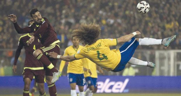 في كوبا أميركا .. سامبا البرازيل تفوز على فنزويلا وتواجه باراجواي