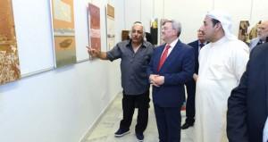 افتتاح معرض الفن العراقي بقاعة الفنون بالكويت