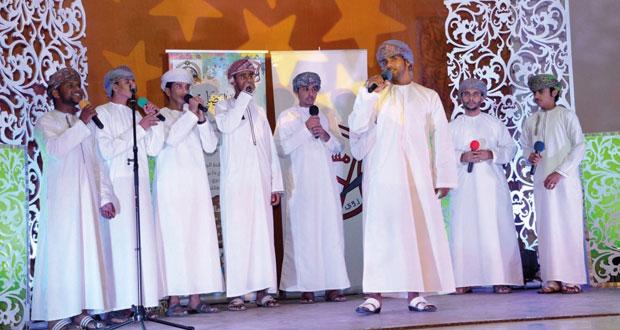 """""""4″ فرق عمانية تحيي مهرجان المشاعل الإنشادي السابع"""