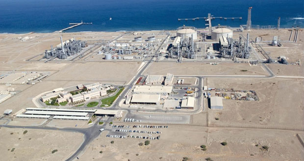 ارتفاع مساهمة قطاع تجارة الجملة والتجزئة في الناتج المحلي الإجمالي لأكثر من ملياري ريال عماني والأنشطة الخدمية تتجاوز 12 مليار ريال
