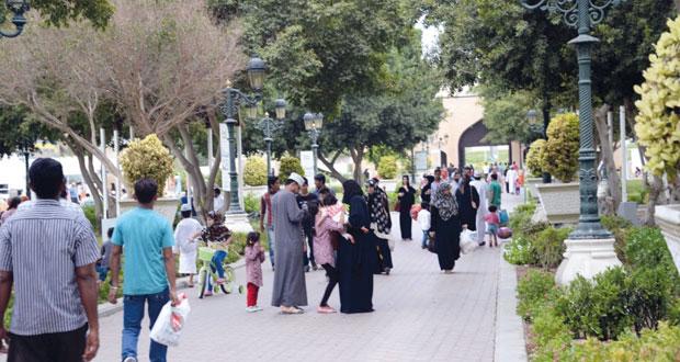 الإسقاطات السكانية: 4 ملايين نسمة الإجمالي المتوقع للعمانيين بحلول 2040