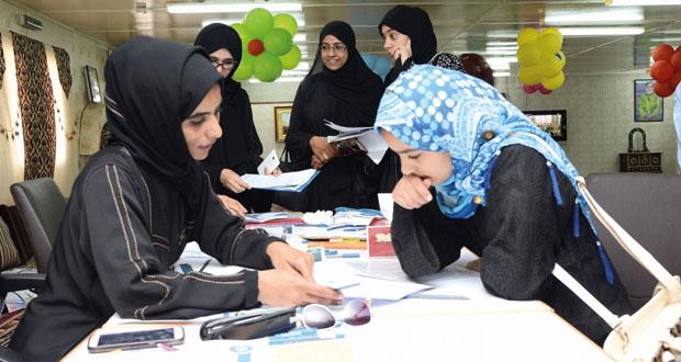 انطلاق فعاليات برنامج المستكشف الناشئ بجامعتي السلطان قابوس والألمانية للتكنولوجيا